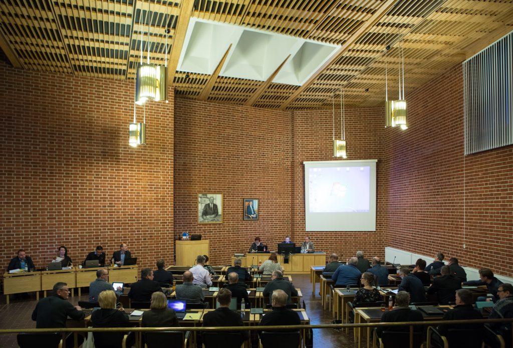 kuva kaupunginvaltuuston kokouksesta