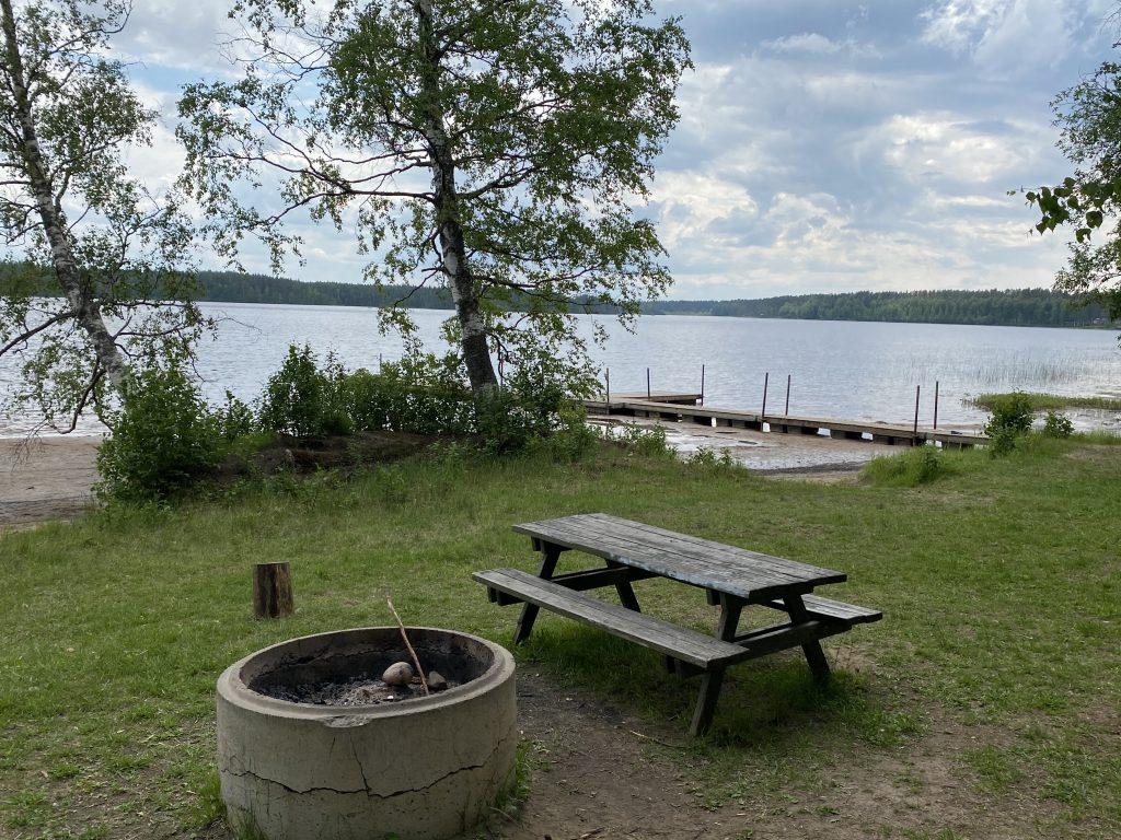 Menkijärven uimaranta.